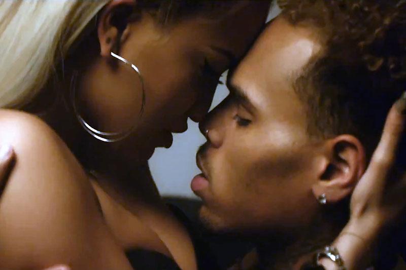 "Rita Ora: il nuovo singolo feat. Chris Brown ""Body On Me"""