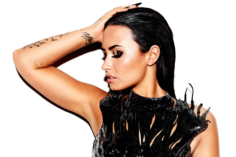 """Demi Lovato: online il video di  """"Waiting for You"""" feat Sirah"""