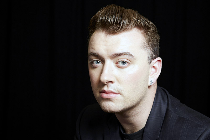 """Sam Smith: il video di """"Writing's On The Wall"""" (from Spectre)"""