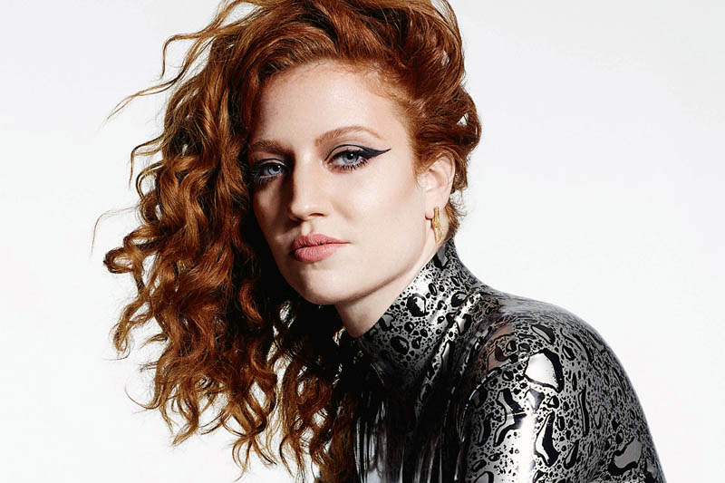 "Jess Glynne: online il nuovo video di ""Take me home"""