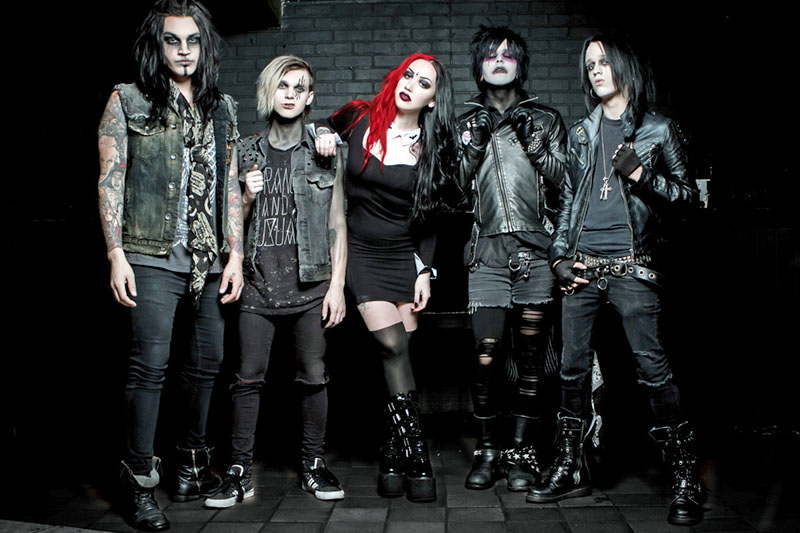 "New Years Day: online il nuovo video ""I'm About to Break You"""
