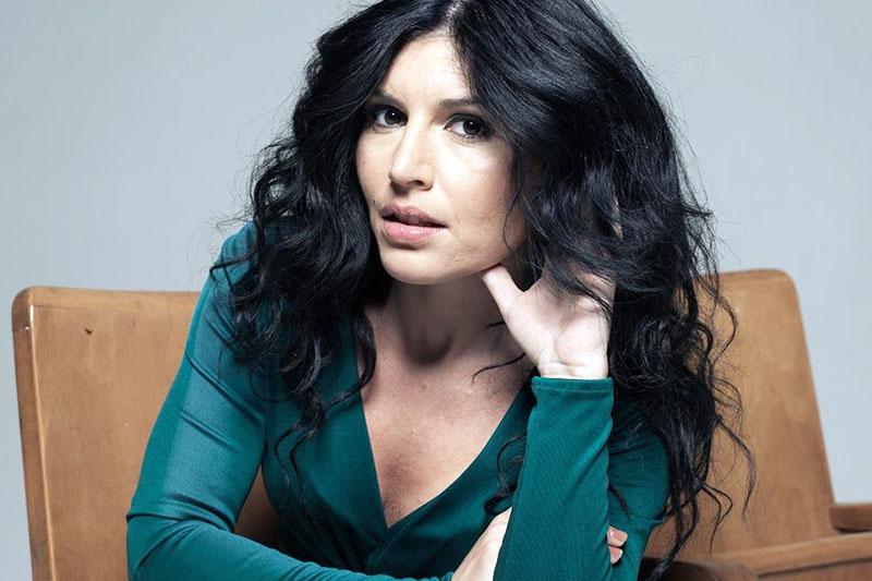 """Giusy Ferreri: online il video del nuovo singolo """"Come Un'Ora Fa"""""""