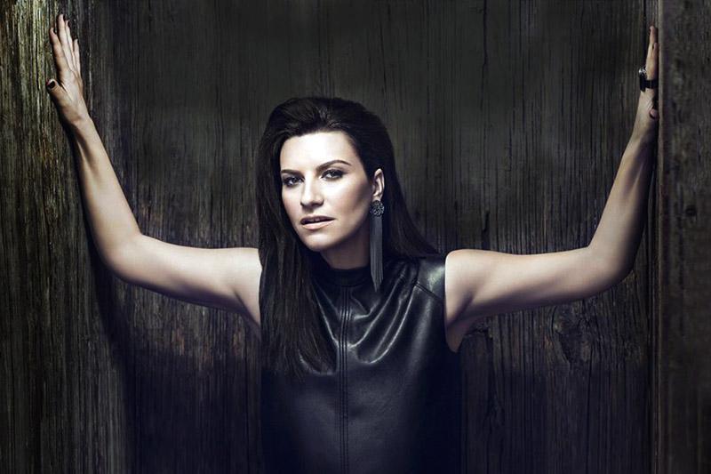 """Laura Pausini: online il video di """"Innamorata"""""""