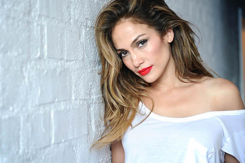 """Jennifer Lopez ritorna nel video """"Ain't Your Mama"""""""