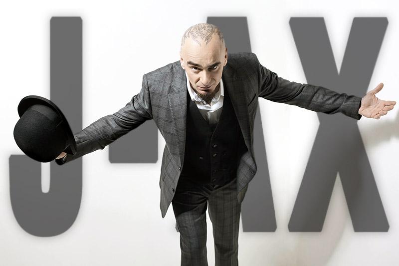 """J-Ax: fuori la raccolta """"J-Ax & Friends"""""""