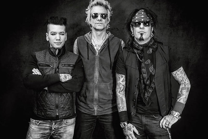 "Sixx:A.M.: fuori l'album ""Prayers For The Damned"" Vol.1"