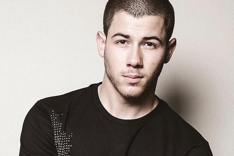 """Nick Jonas: è uscito il nuovo album """"Last Year Was Complicated"""""""