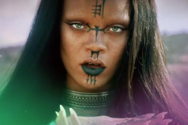 """Rihanna: online il video dell'inedito """"Sledgehammer"""""""