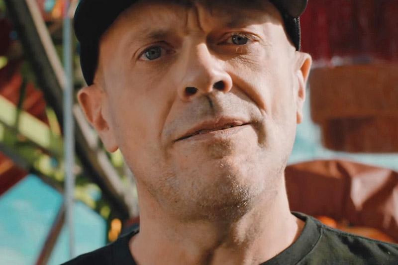 """Max Pezzali: online il video del nuovo singolo """"Non Lo So"""""""