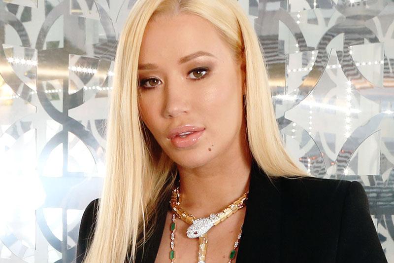 """Iggy Azalea online con il nuovo video """"Mo Bounce"""""""