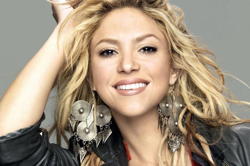"""Shakira online con il video ufficiale di """"Me Enamoré"""""""