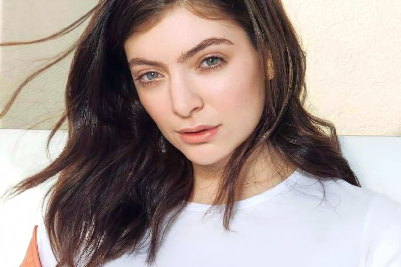 "Lorde: online il video di ""Perfect Places"""