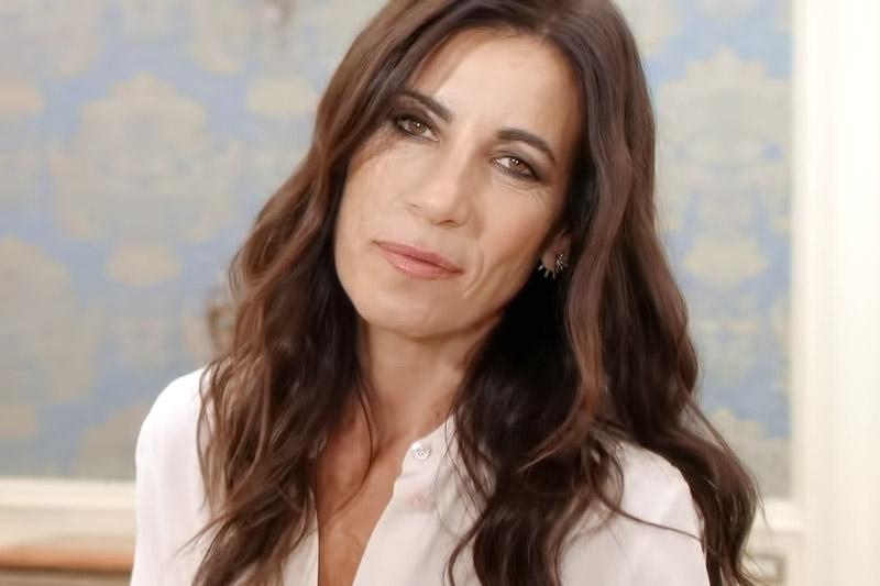"""Paola Turci è on-line con il video """"Off-Line"""""""