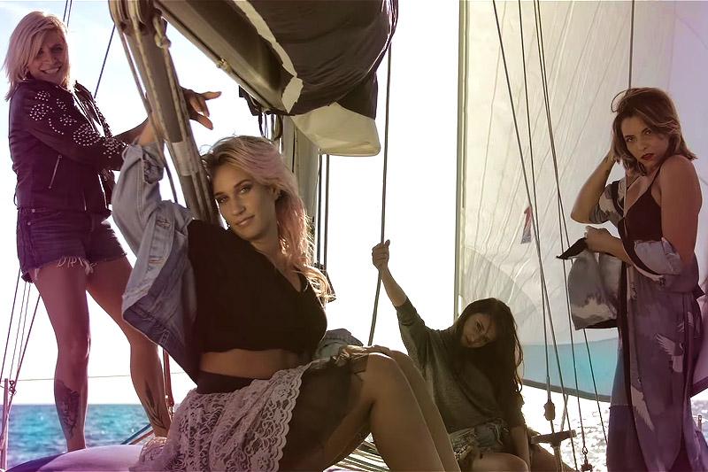 """Le Deva: online il nuovo video """"Semplicemente Io E Te"""""""