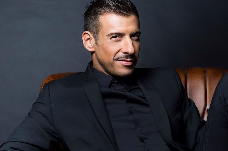 "Francesco Gabbani Arriva al ""Radio Italia Live"""